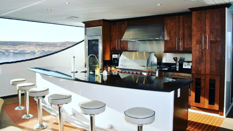 Bravada Yachts Redefining Houseboating As A Luxury Yachting Experience