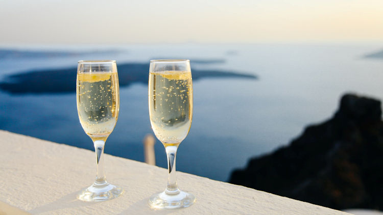 greece honeymoon champagne