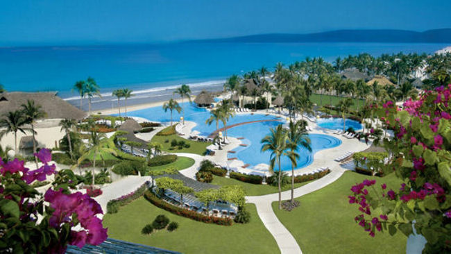 Grand Velas Riviera Nayarit infinity pool