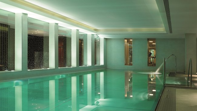 Ritz Carlton, Vienna spa pool